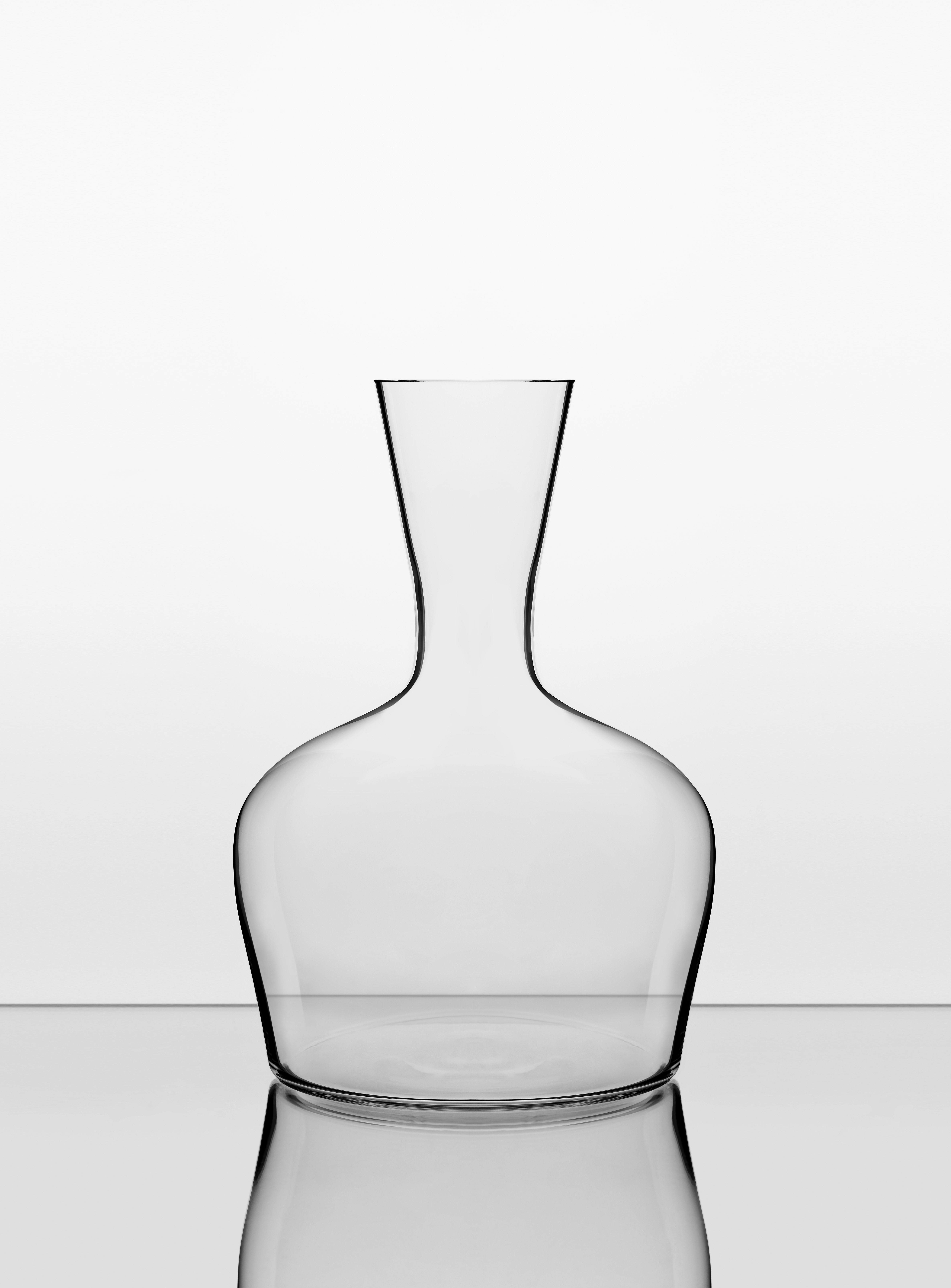 3 Jancis Robinson Young Wine Decanter 1